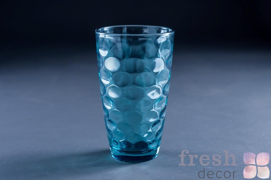 Стаканы из синего стекла