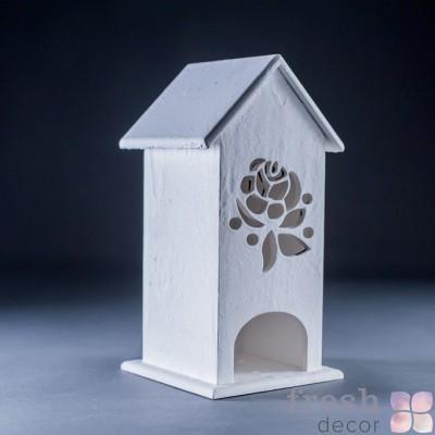 домик из дерева с резьбой в аренду 2