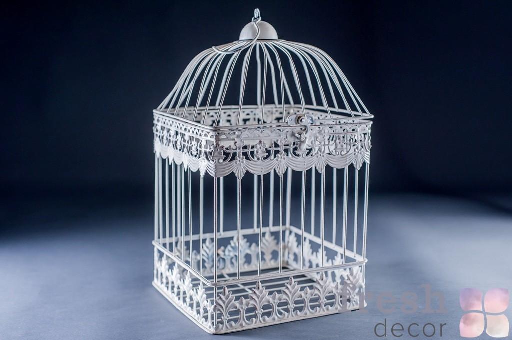 Высокая клетка для фотосессии и декора на свадьбу