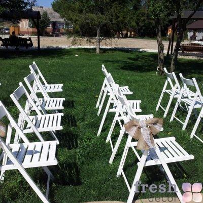 стул белый деревянный для кейтеринга