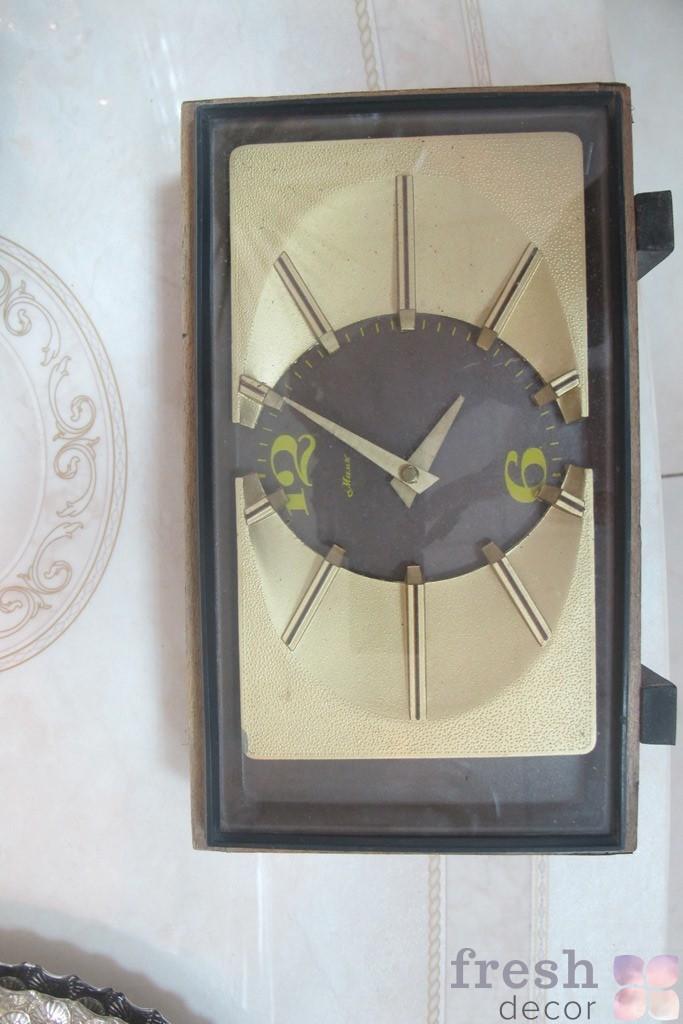 квадратные часы в прокат 1