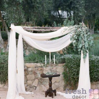 Свадебная арка для выездного торжества