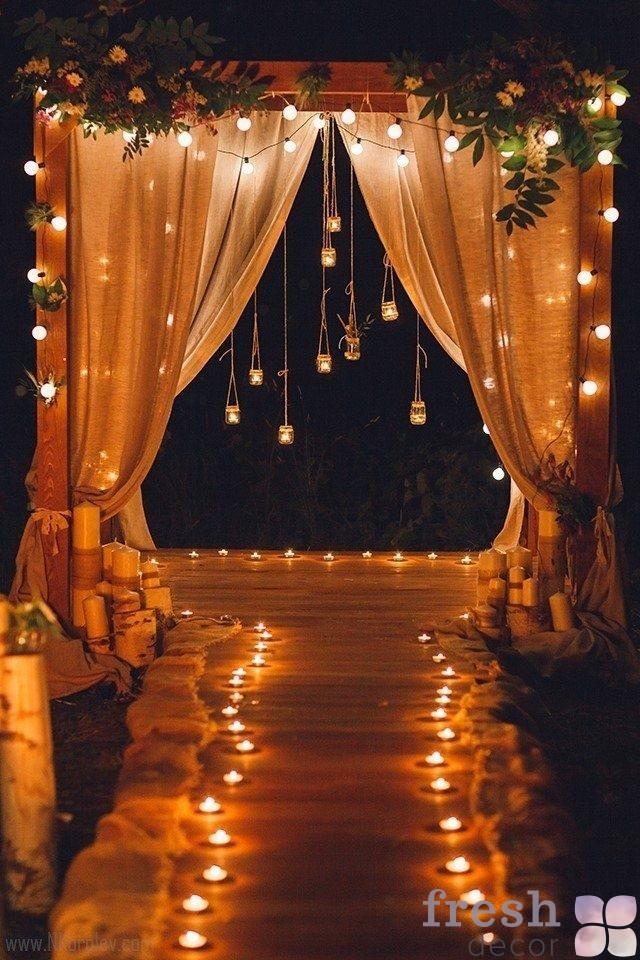 арка деревянная для вечерней церемеонии