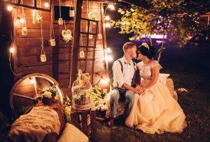 неочная фотозона на свадьбе