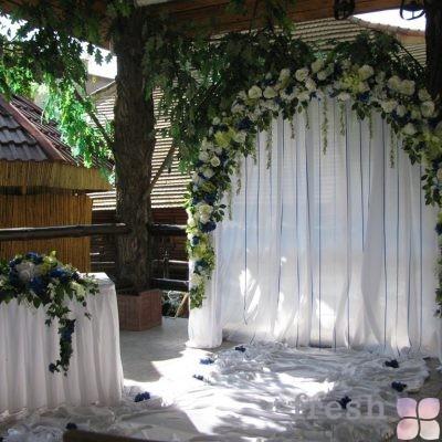 арка с цветами