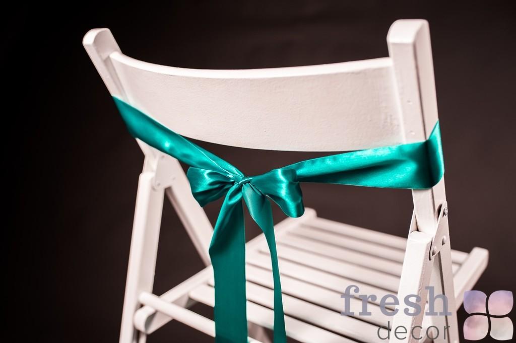 лента на стул зеленого цвета
