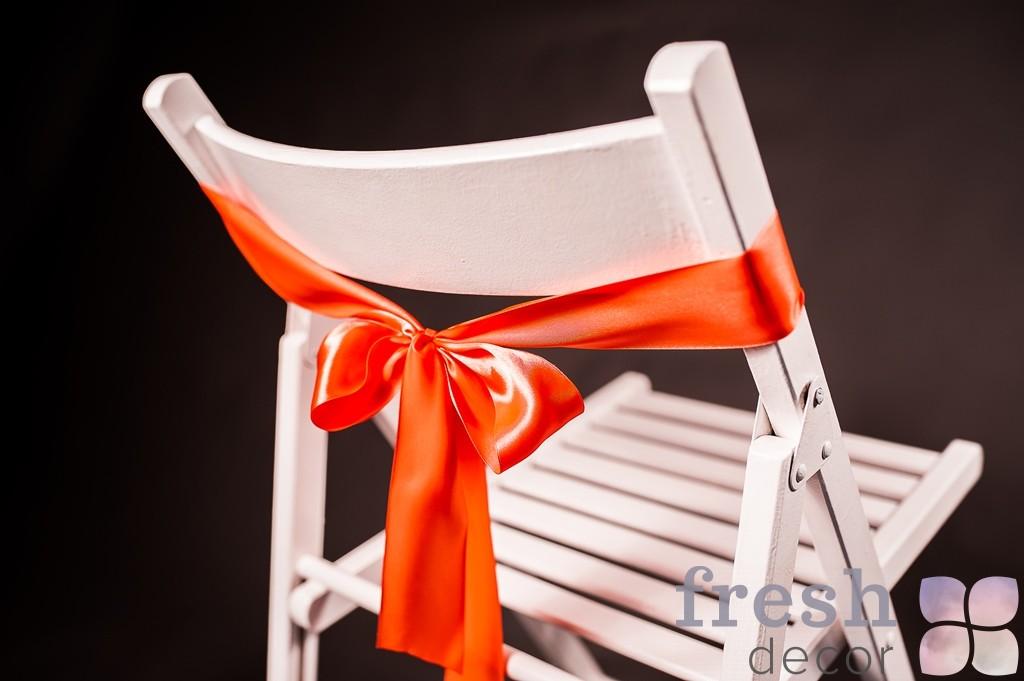 лента на стул ярко красного цвета