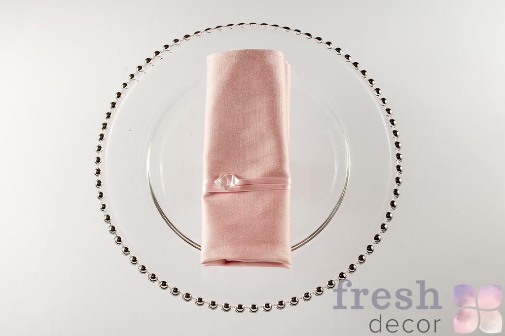 салфетка розового цвета