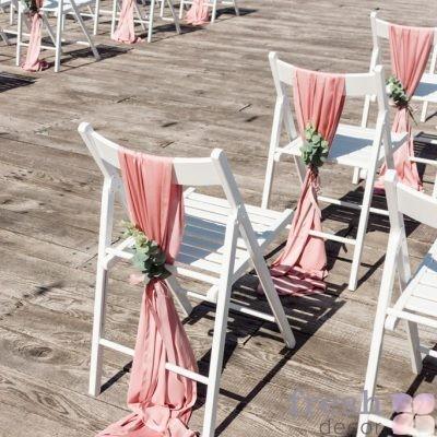 Банты и чехлы на стулья