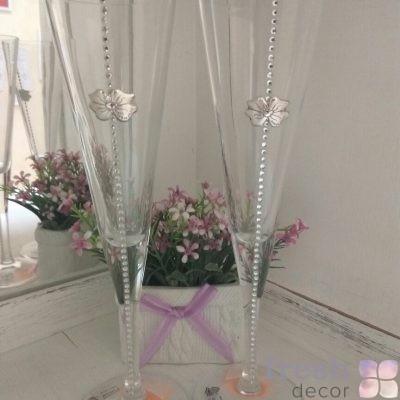бокал со стразами и серебряным цветочком в прокат