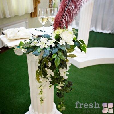 коллонада белая столик из колонны