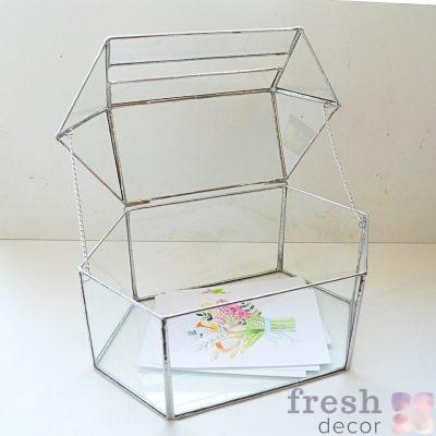 коробка для денег в прокат из стекла