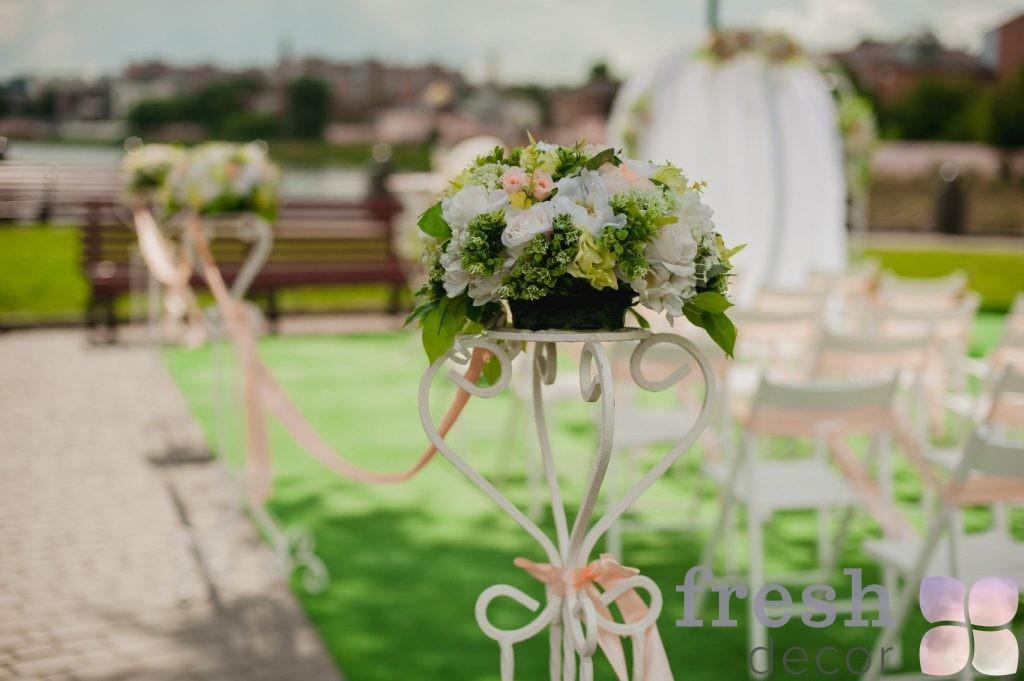 стойки на свадьбу