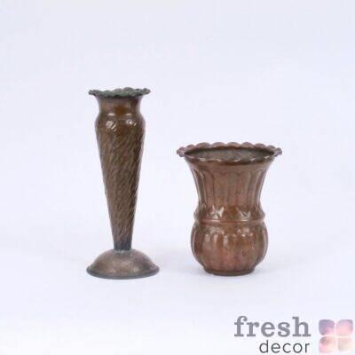 vaza iz medi i bronzy temnaya