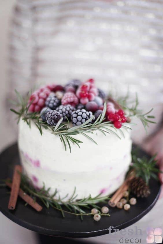 iagodnyi-tort