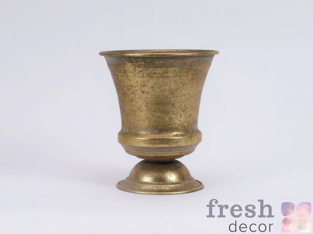 vaza kashpo bronzovaya v arendu