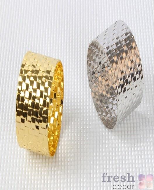 Кольцо для салфеток отчеканенное золото