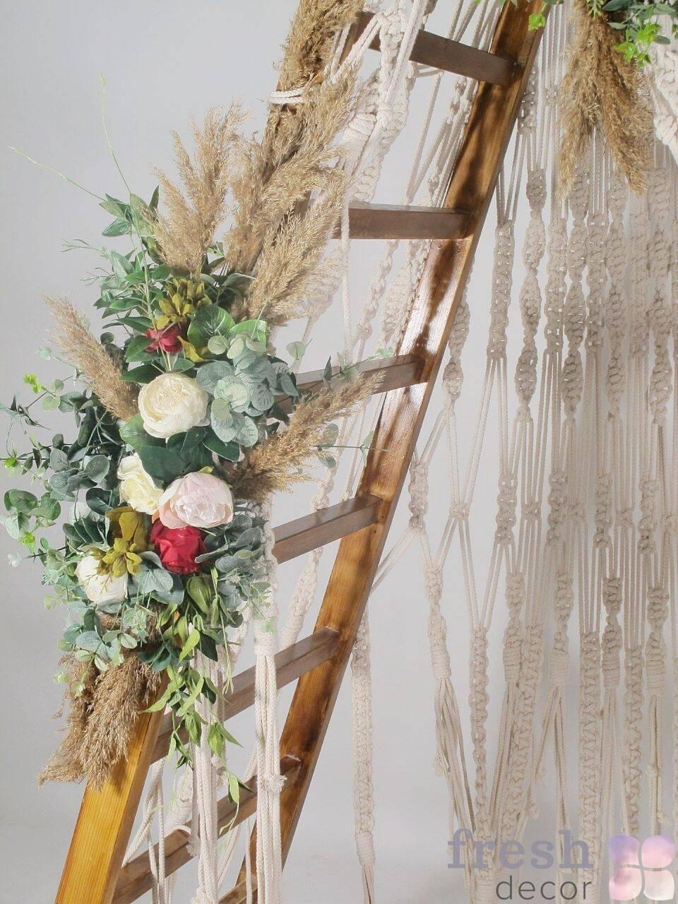 arka lestnica v prokat na svadbu