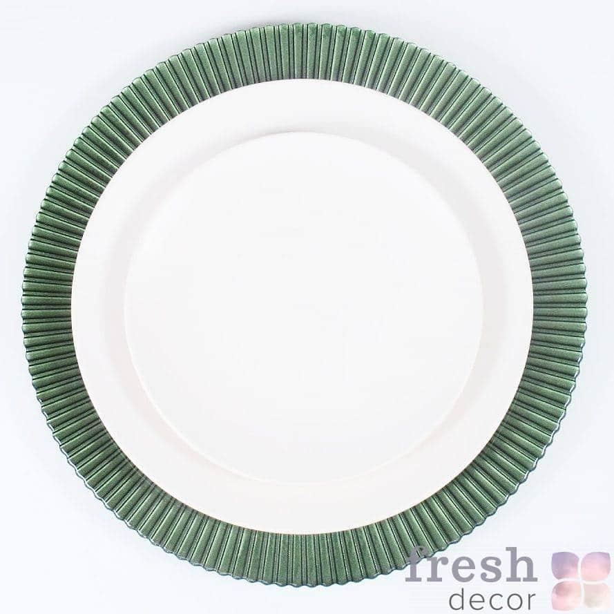 zelenaya podstavnaya tarelka iz stekla