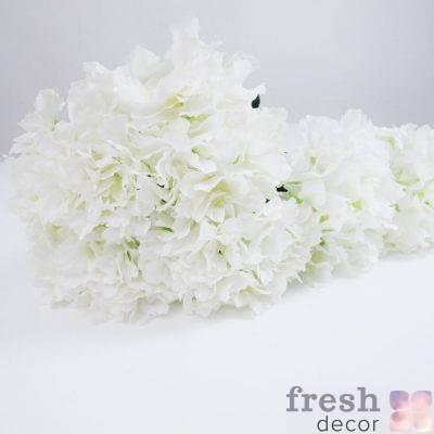 Искусственные цветы в аренду