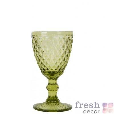 bokal dlya vina olivkovogo cveta v srednij romb