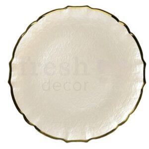 Belaja teksturnaja podstanovochnaja tarelka