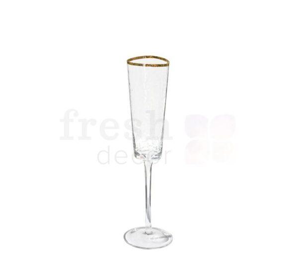 Prozrachnyj bokal dlja shampanskogo s zolotoj kaemkoj