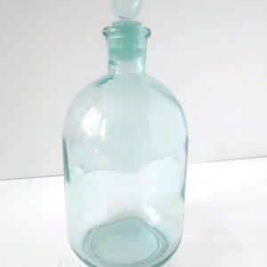 butyl stekljannaja s kryshkoj shtofom