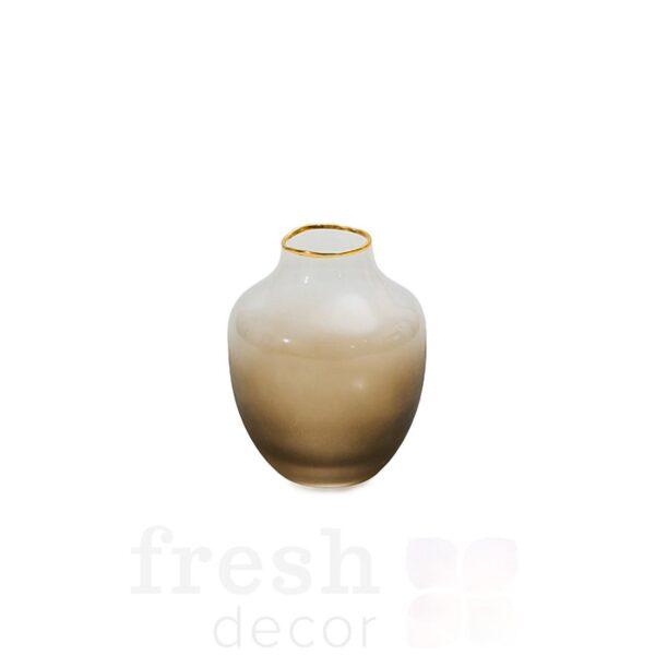 stekljannaja vaza matovogo dymchatogo cveta