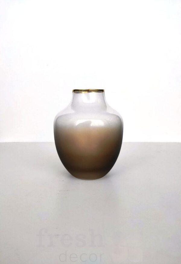 vaza ovalnaja stekljannaja dymchataja matovaja