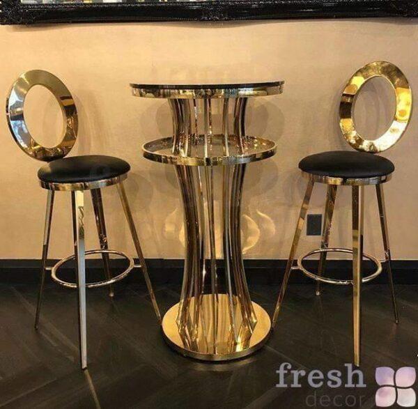 barnyj zolotoj stolik so stulyami s steklyanoj stoleshnicej dlya iventov ukraina 1