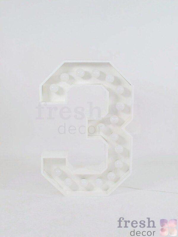 belaya cifra 3 s lampochkami v arendu 1