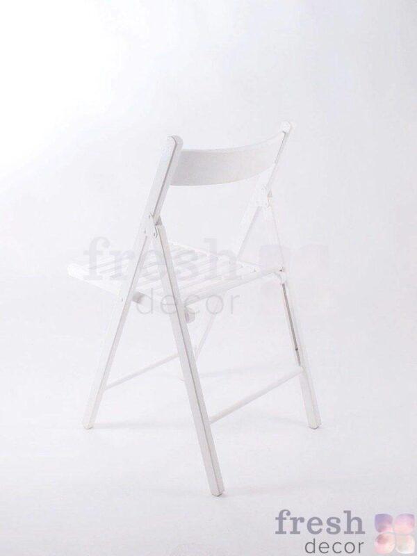 belyj raskladnoj stul v arendu 2