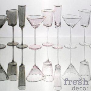 Цветные бокалы для воды и вина