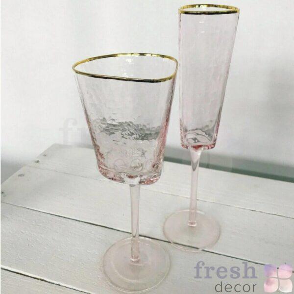 bokaly rozovogo cveta s zolotoj kaemochkoj dlya vina i shampanskogo 1