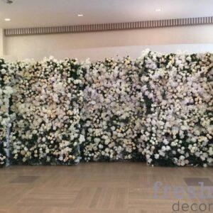 cvetochnaya stena iz iskustvennyx cvetov v arendu 2