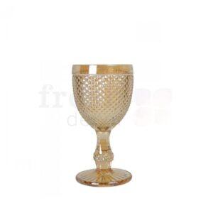 dekorativnyj bokal s melkimi granyami zolotistogo cveta 1