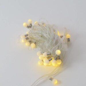 girlyanda svetodiodnaya s malenkimi 2 sm lampami teplogo svecheniya 1