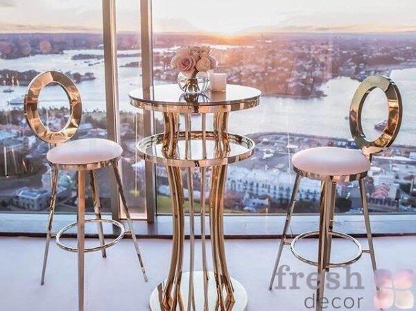 koktejlnyj zolotoj stolik i stulya dlya furshetov v ukraina 1