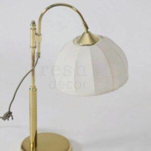 nastolnaya retro lampa latunnaya s torsherom iz beloj tkani 1